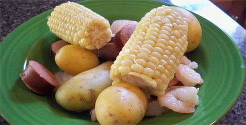 Lowcountry Boil is a classic summertime meal, that is delicious and easy to prepare for a crowd.  It is perfect for beach parties or backyard barbecue's.