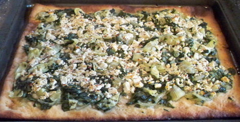 Spinach, Artichoke and Feta Pizza is an amazing recipe and a great way to curb those pizza cravings without all the guilt.  Flavor packed and so delicious.