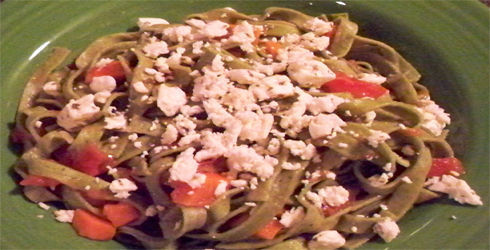 Trattoria Spinach Fettuccine is the kind of dish that small, neighborhood Italian restaurants serve.  Takes only 18 minutes to prepare start to finish!